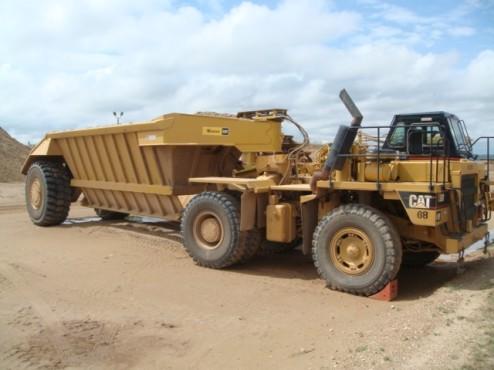 Bottom Dump Earthwagons - EW-75 769D Texas June 2010 FAV B